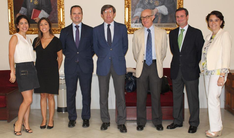 Equipo de abogados y economistas Bufete FRB